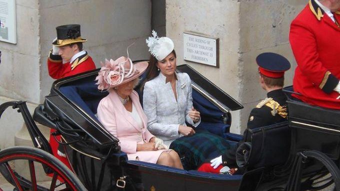 Barouche (e o Principe Harry iria tomar chuva hihihi)
