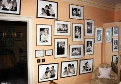 Closet de Diana com fotos dos filhos